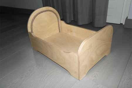 letto in legno per gatti